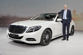mercedes benz ceo mercedes benz blog daimler ceo dr dieter zetsche buys shares of