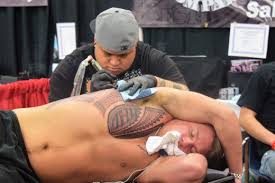 side hip tattoo pain level everything you need to know before getting a rib tattoo tatring