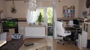 Wohnzimmer Einrichten Dunkler Boden Funvit Com Wohnzimmer In Braun Weiß Grau Einrichten