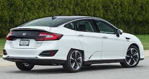 what is the luxury car for honda 2017 honda clarity fuel cell car preview consumer reports