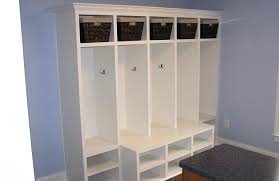 entryway lockers bench bench entryway lockers with locker plans kregentryway 99