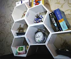 Diy Honeycomb Shelves by Modular Honeycomb Shelves 9 Steps With Pictures