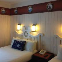 chambre hotel york disney disneyland hotels to be completely renovated by 2020 le