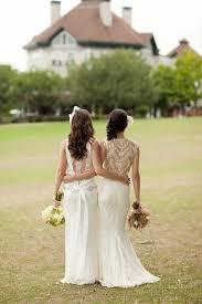 unique wedding photos gorgeous wedding dress backs united with