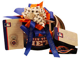 nyc gift baskets new york mets dog baskets new york mets dog gifts