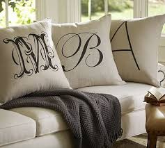 Sofa Decorative Pillows by Top 25 Best Classic Pillows Ideas On Pinterest Classic Pillow