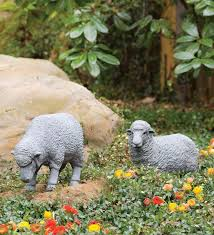 outdoor lawn ornaments statues and lawn ornaments 29511 garden