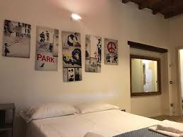 apartment street art bergamo italy booking com