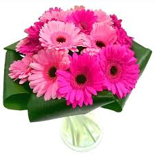 gerbera bouquet gerbera gem bouquet fresh flowers free uk delivery