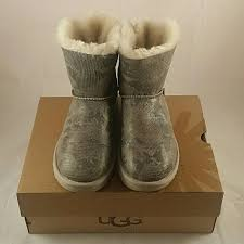ugg bailey bow sale size 7 15 ugg shoes brand ugg mini bailey bow snake 7 from