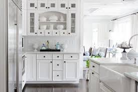 Black Knobs For Kitchen Cabinets White Kitchen Cabinets With Black Knobs Kitchen Ideas Last News