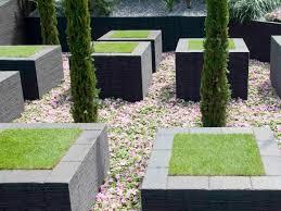 creative landscaping ideas hgtv