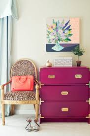 24 ways to decorate like you re an old hollywood star 24 ways to go wild with animal print decor brit co