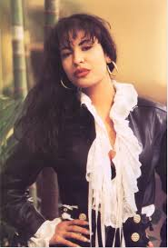 selena quintanilla perez halloween costume this is a picture of selena winning a grammy i like this picture