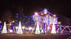 Pictures Of Christmas Lights by Cadger Dubstep Christmas Light Show 2015 Carol Of The Centipede
