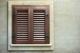 persiana in legno persiana con telaio alluminio effetto legno mdb portas nurith