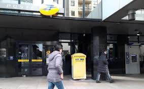 au bureau colombes a levallois la suppression du bureau de poste ne passe pas le