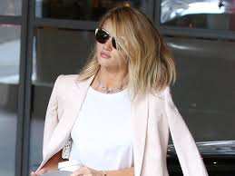 rosie huntington side parted lob lob hairstyles you can and should take straight to the hairdresser s