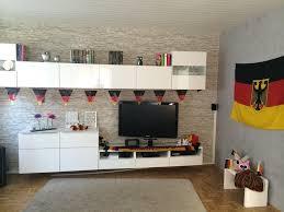 Wohnzimmer Deko Flieder Uncategorized Ehrfürchtiges Weiss Grau Wohnzimmer Mit Violett
