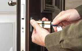 comment ouvrir une serrure de porte de chambre changer une porte de chambre changer barillet porte garage service