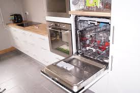 cuisine lave vaisselle en hauteur hauteur plan de travail cuisine quip e design meuble cuisine