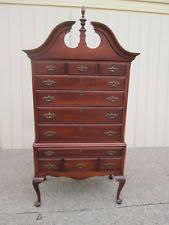 Queen Anne Antique Dressers & Vanities 1950 Now