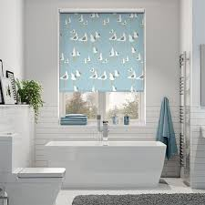 seaside bathroom ideas best 25 nautical roller blinds ideas on roll