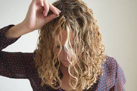 getting fullness on the hair crown get more root volume clipping curly hair with bobby pins
