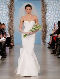 oscar de la renta lace wedding dress signature bridal designer wedding dresses by oscar de la renta