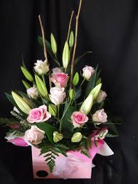 Roses In A Box Lilies And Roses In A Box Arrangement