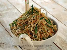 hakka cuisine recipes how to hakka noodles recipe by masterchef sanjeev kapoor