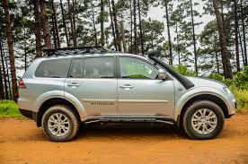 mitsubishi pajero old model mitsubishi pajero sport 2 5 shogun auto 2015 review cars co za