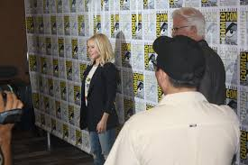 Kristin Bell Houzz Comic Con Interview With Kristen Bell And Ted Danson U201cthe Good