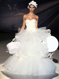 disgusting wedding dresses don t let wear these dresses wedding dress