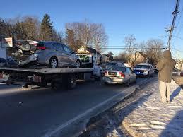 4 car crash snarls traffic news eagletribune com