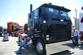 new kenworth cabover walcott i 80 truck show u2026 long haul truckin u0027s goin u0027 out in style
