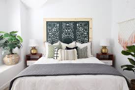 wall hangings for bedrooms diy macramé wall hanging classy clutter