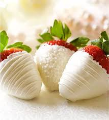 white chocolate dipped strawberries festive chocolate covered strawberries omg lifestyle