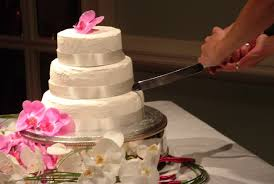 wedding cake cutting russian city bans cake cutting and brides at weddings