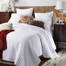 White Quilt Bedroom Ideas Weston White Quilt U0026 Sham Pier 1 Imports