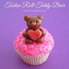 simple tootsie roll valentine teddy bear cupcake topper lindsay