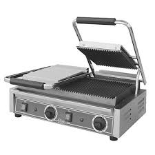 Double Sandwich Grill with Grooved Plates