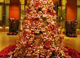 Teddy Bear Christmas Tree Decorations by Photo Essay Sparkling Hotel Lobbies Decked Out For Christmas