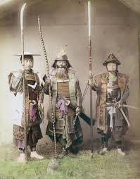 Warriors In Pink Clothing Japanese Samurai Warriors Captured In Brutal Pictures Daily Mail