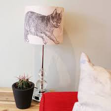 doesn u0027t this cat lampshade look perfect in it u0027s new home