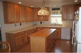 What Color Kitchen Cabinets Go With White Appliances What Color Countertops Go With Oak Cabinets And White Appliances