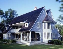 shingle homes 18 best wood shingle houses images on pinterest lake homes lake