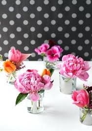 Big Glass Vases For Centerpieces by Small Glass Vase Flower Arrangements Milk Glass Vases For Wedding
