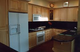 maple cabinets with black appliances exitallergy com