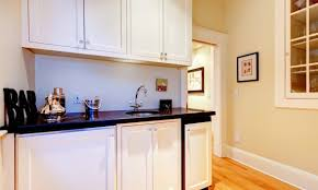 how to paint kitchen cabinets melamine the pros and cons of melamine kitchen cabinets smart tips